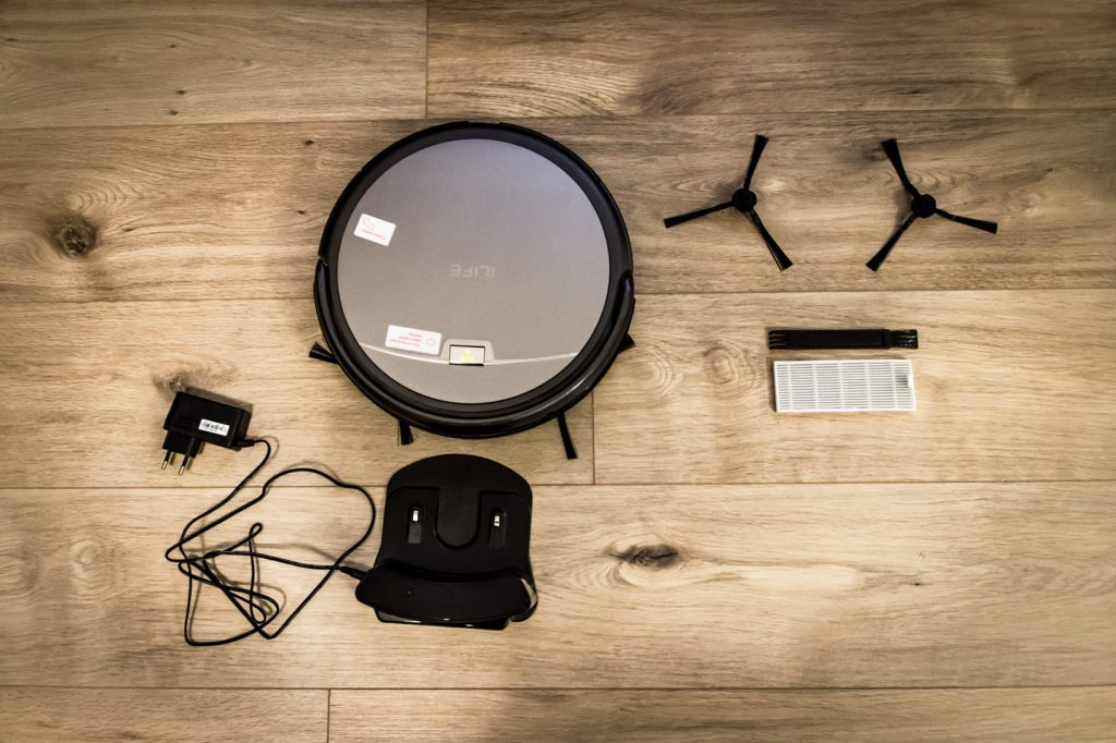 iLife aliexpress gearbest robotic vacuum cleaner