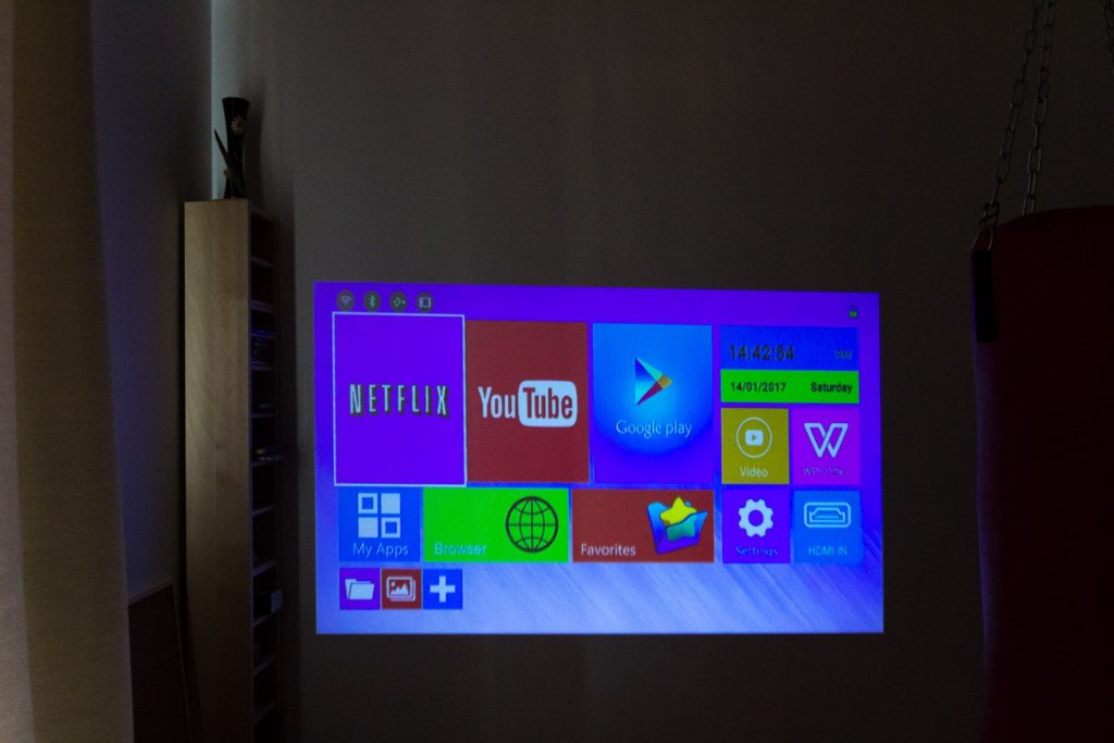 Android kapesni projektor projector Aliexpress Gearbest review a