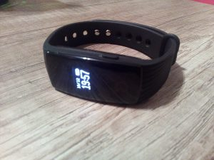 Aliexpress-ID-107-Fitness-Band-Aliexpress-3-300×225