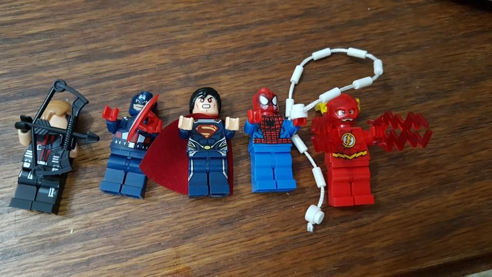 Aliexpress-Spiderman-batman-avengares-lego-aliexpress