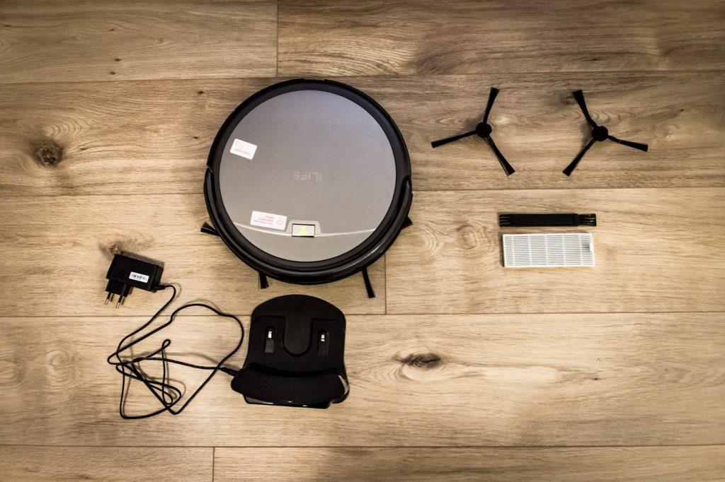 iLife aliexpress gearbest robotic vacuum cleaner